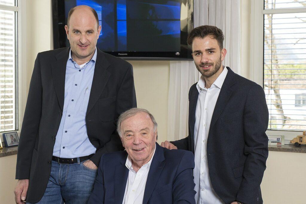 Hochstaffl Nutzfahrzeuge - Unternehmen Familienunternehmen Marc Hochstaffl Johann Hochstaffl Michael Hochstaffl
